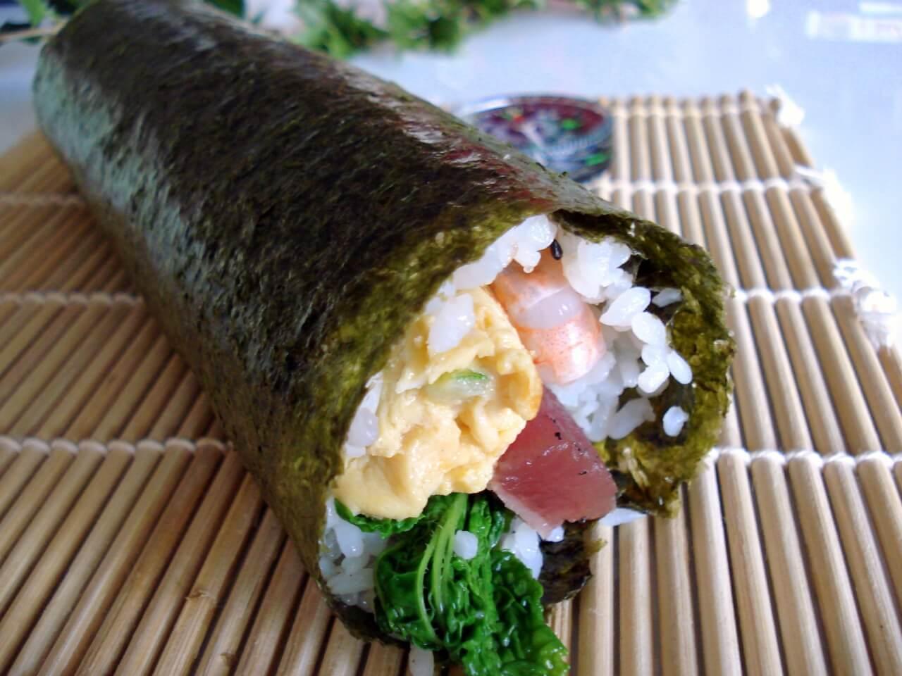 Truyền thống Nhật Bản - Cuộn sushi Ehomaki